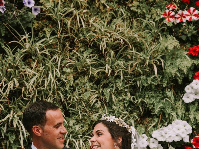 La boda de Jose y Cristina en Santa Cruz De Tenerife, Santa Cruz de Tenerife 43