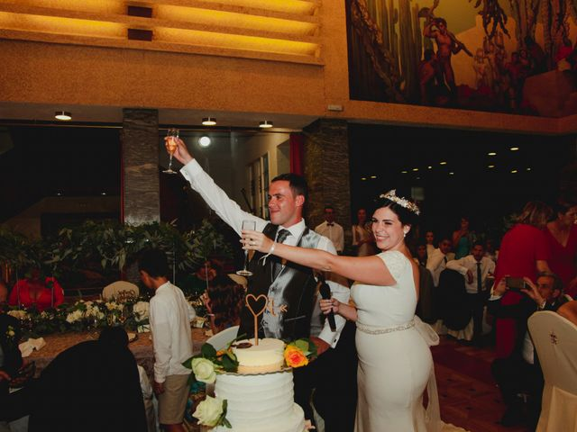 La boda de Jose y Cristina en Santa Cruz De Tenerife, Santa Cruz de Tenerife 53