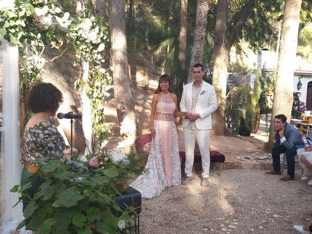 La boda de Maria Emma  y José  en Elda, Alicante 19