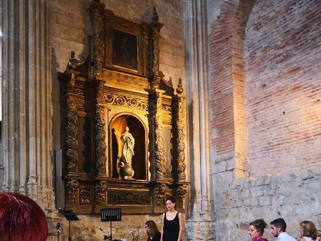La boda de Edu y Marta  en León, León 7
