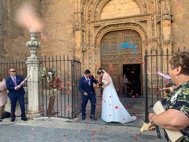 La boda de Edu y Marta  en León, León 10