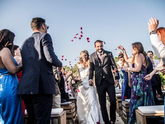 La boda de Jordi y Annouk en Sant Cugat Sesgarrigues, Barcelona 31