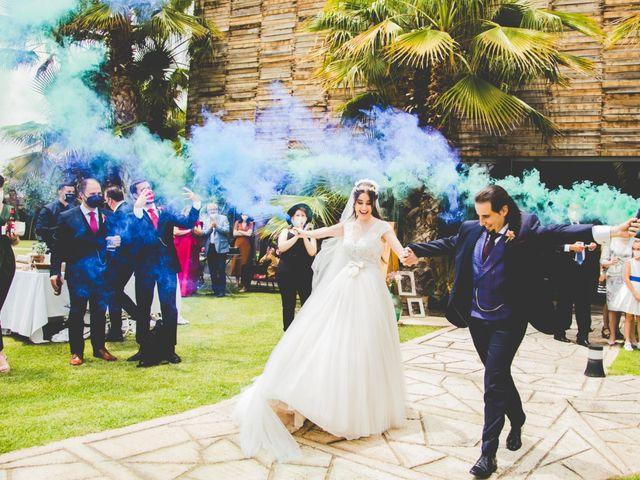 La boda de Víctor y Cristina  en Zaragoza, Zaragoza 12