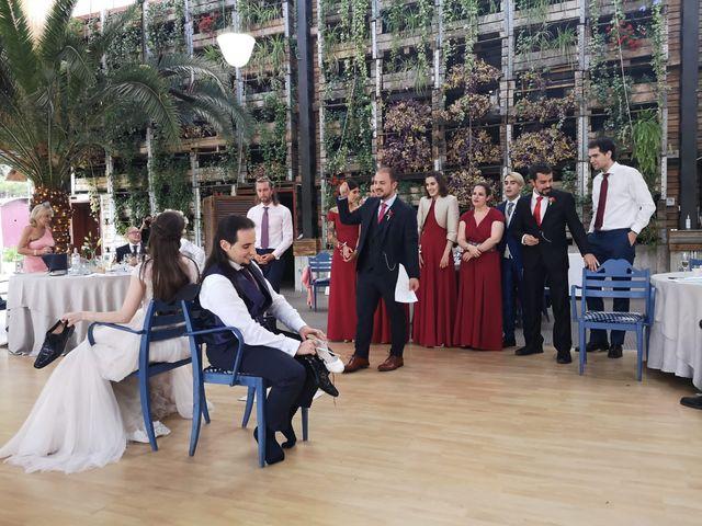 La boda de Víctor y Cristina  en Zaragoza, Zaragoza 24