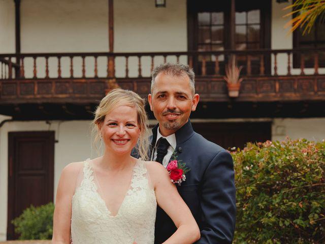 La boda de Daniel y Carol en La Orotava, Santa Cruz de Tenerife 17