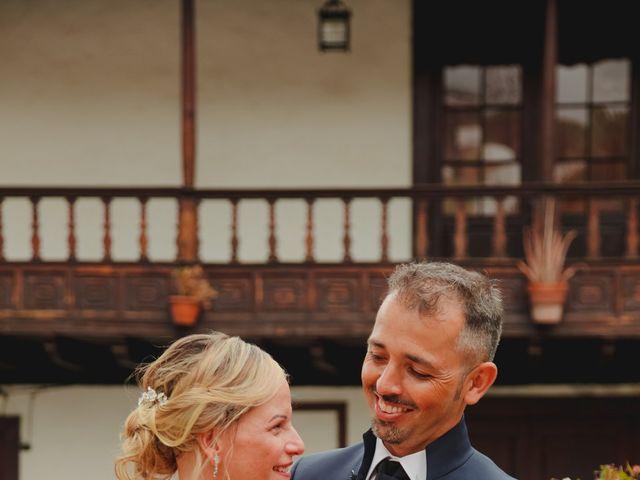 La boda de Daniel y Carol en La Orotava, Santa Cruz de Tenerife 18