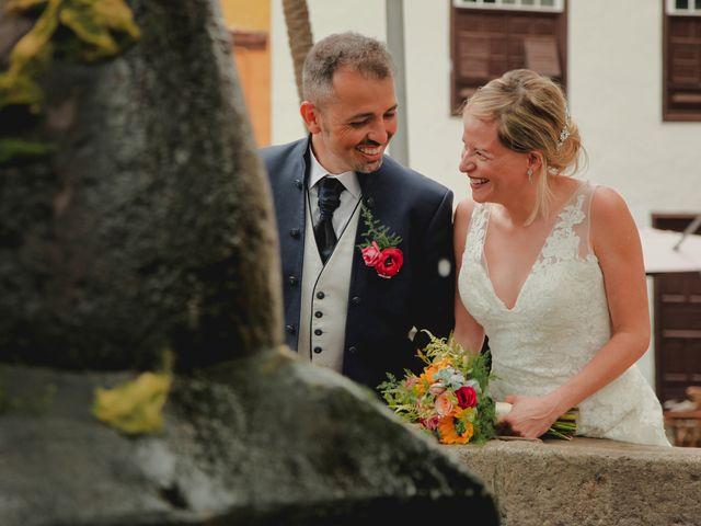 La boda de Daniel y Carol en La Orotava, Santa Cruz de Tenerife 20