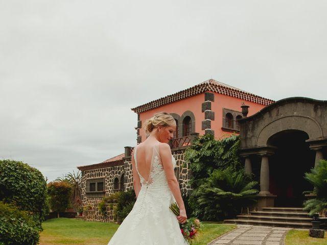 La boda de Daniel y Carol en La Orotava, Santa Cruz de Tenerife 21