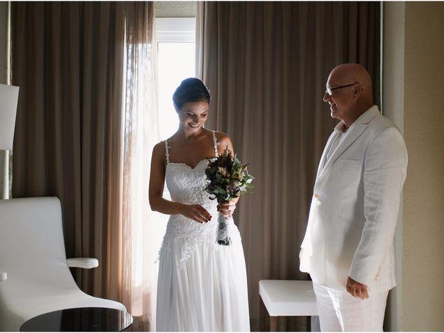 La boda de Juanfran y Marta en Zahara De Los Atunes, Cádiz 12