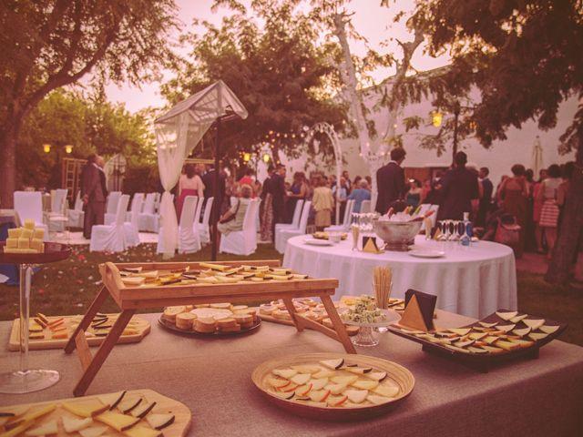 La boda de Raúl y Vicky en Almendralejo, Badajoz 14