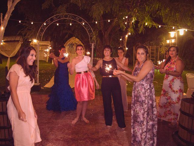 La boda de Raúl y Vicky en Almendralejo, Badajoz 19