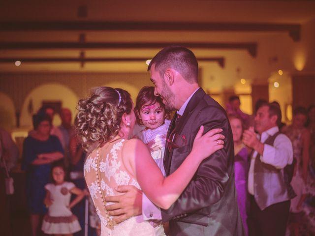 La boda de Raúl y Vicky en Almendralejo, Badajoz 21