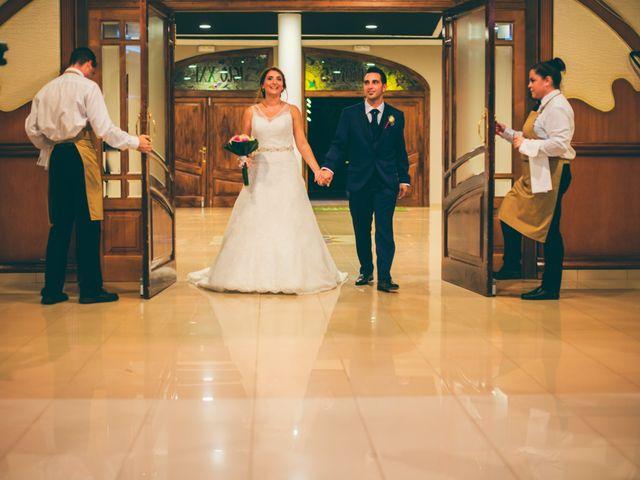 La boda de Emilio y Jessica en L' Alcúdia, Valencia 33