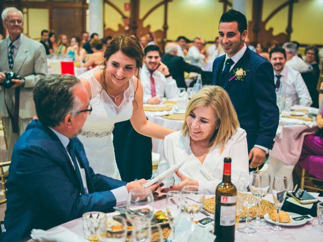 La boda de Emilio y Jessica en L' Alcúdia, Valencia 37