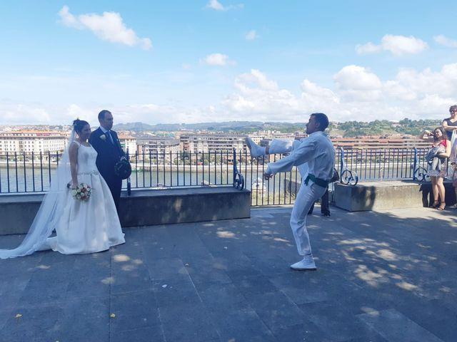 La boda de Gaizka y Leticia en Portugalete, Vizcaya 7