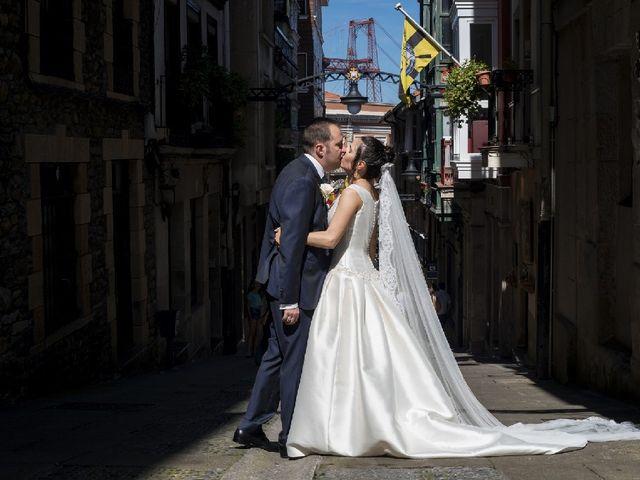 La boda de Gaizka y Leticia en Portugalete, Vizcaya 11