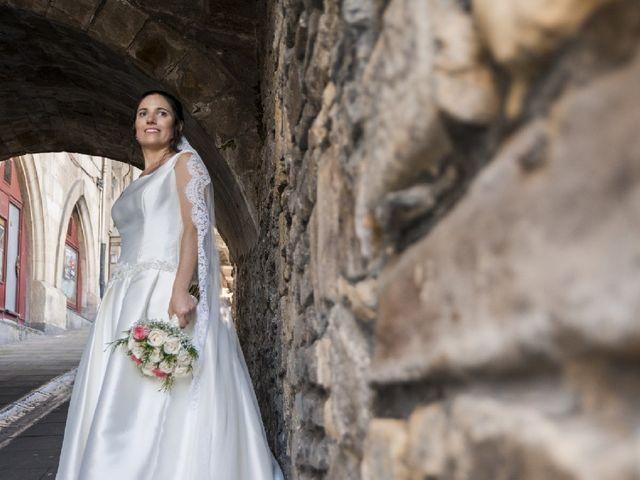 La boda de Gaizka y Leticia en Portugalete, Vizcaya 16