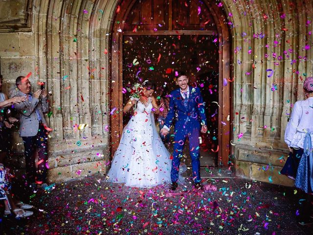 La boda de Denis y Rebeka en Zarautz, Guipúzcoa 33