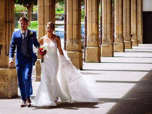La boda de Denis y Rebeka en Zarautz, Guipúzcoa 35