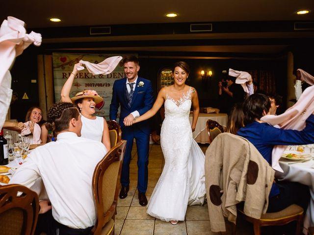 La boda de Denis y Rebeka en Zarautz, Guipúzcoa 45