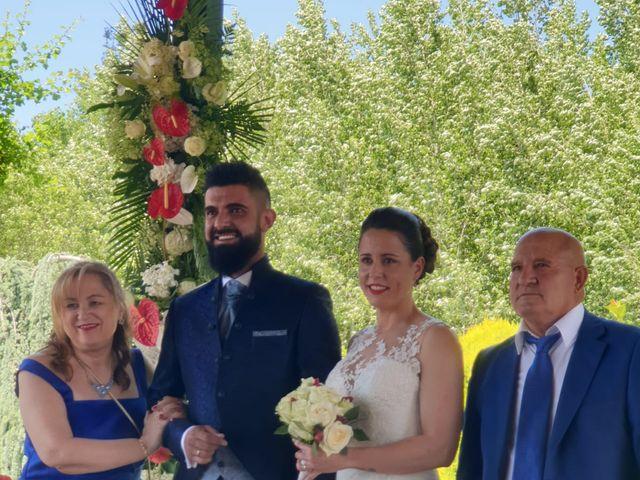 La boda de Dani y Lidia en Mansilla De Las Mulas, León 4