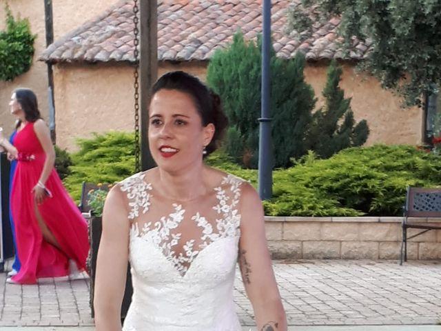 La boda de Dani y Lidia en Mansilla De Las Mulas, León 20