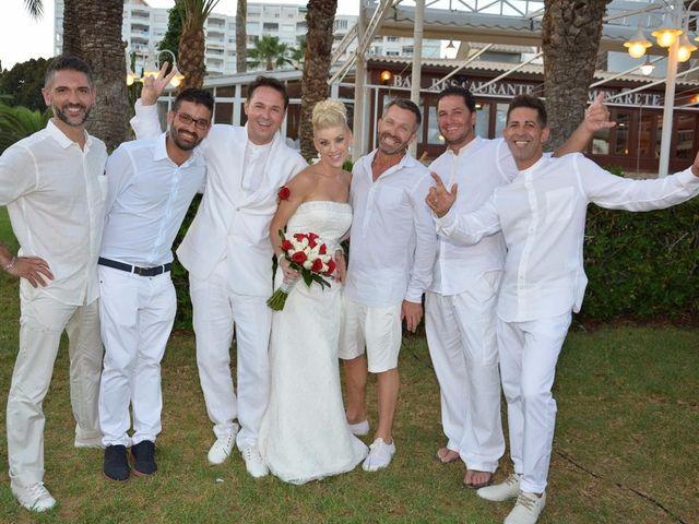 La boda de Guillermo y Mercedes en La/villajoyosa Vila Joiosa, Alicante 2