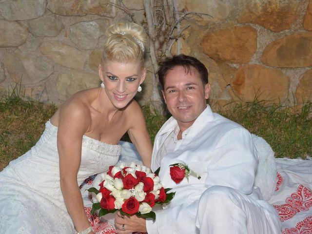 La boda de Guillermo y Mercedes en La/villajoyosa Vila Joiosa, Alicante 9
