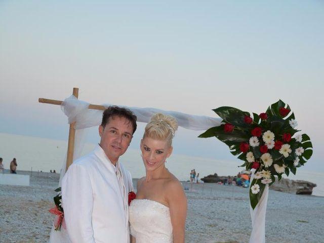 La boda de Guillermo y Mercedes en La/villajoyosa Vila Joiosa, Alicante 11