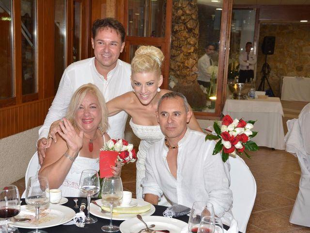 La boda de Guillermo y Mercedes en La/villajoyosa Vila Joiosa, Alicante 14