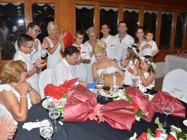 La boda de Guillermo y Mercedes en La/villajoyosa Vila Joiosa, Alicante 15