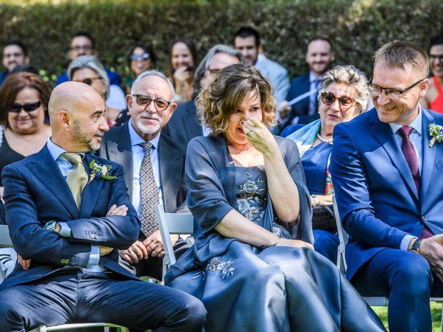 La boda de Roger y Anna en Olot, Girona 22