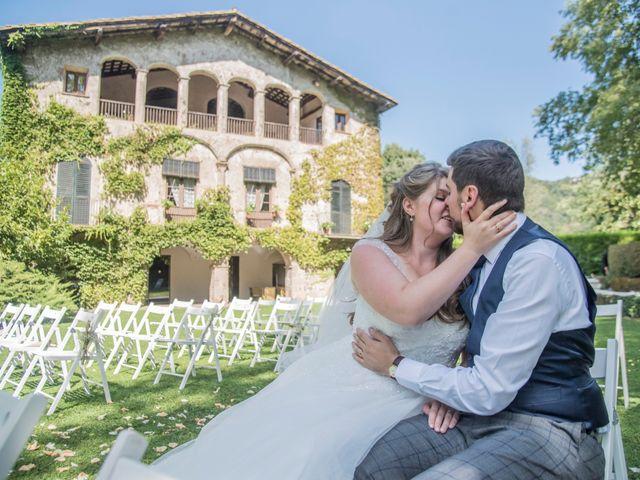 La boda de Roger y Anna en Olot, Girona 33