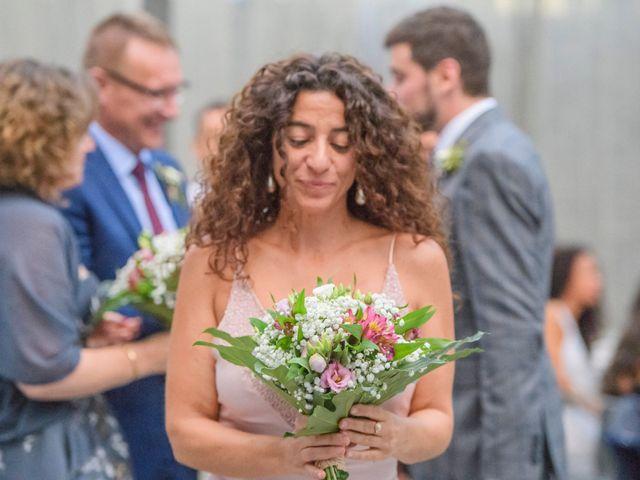 La boda de Roger y Anna en Olot, Girona 36