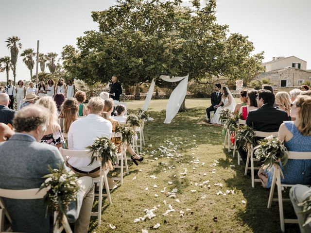La boda de Jozef y Lauren en Ciutadella De Menorca, Islas Baleares 33