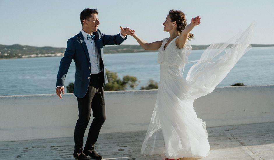 La boda de Nico y Clara en Sant Antoni De Portmany, Islas Baleares