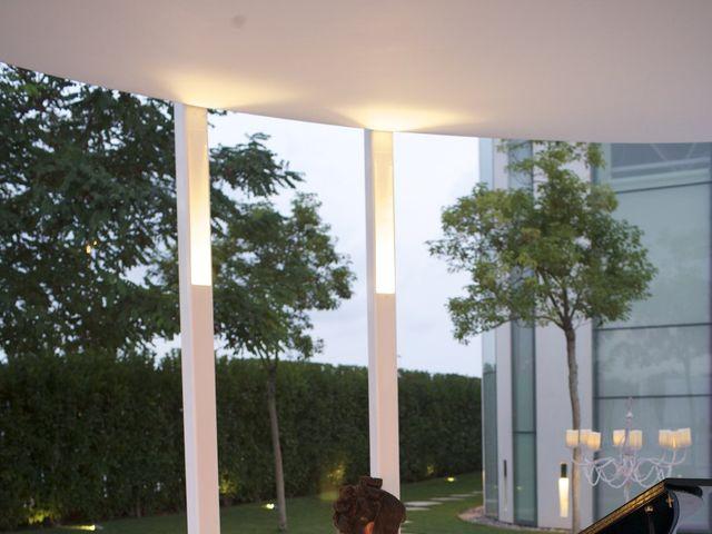 La boda de Fernando y Beatriz en Valencia, Valencia 18