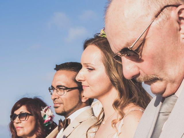 La boda de Jairo y Gabriela en Tabarca, Alicante 29