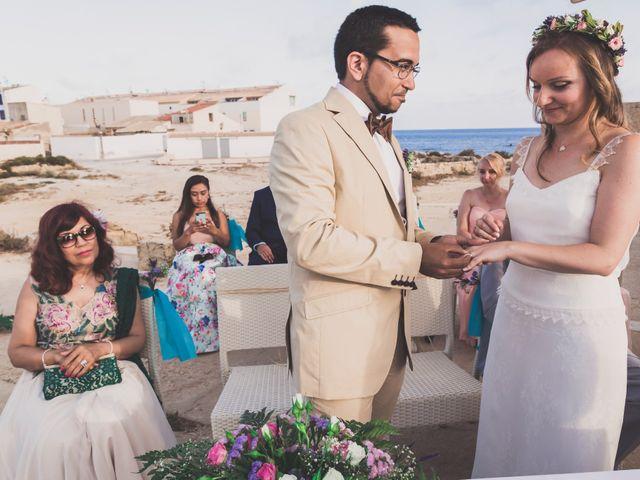 La boda de Jairo y Gabriela en Tabarca, Alicante 38