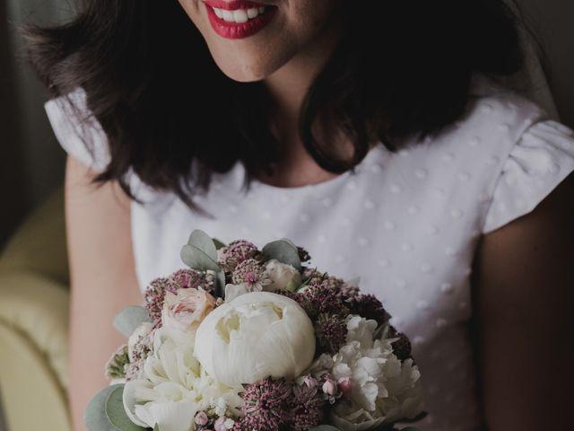 La boda de Ismael y Iris en Valencia, Valencia 10