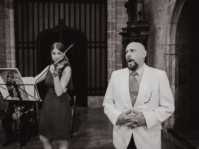 La boda de Ismael y Iris en Valencia, Valencia 19