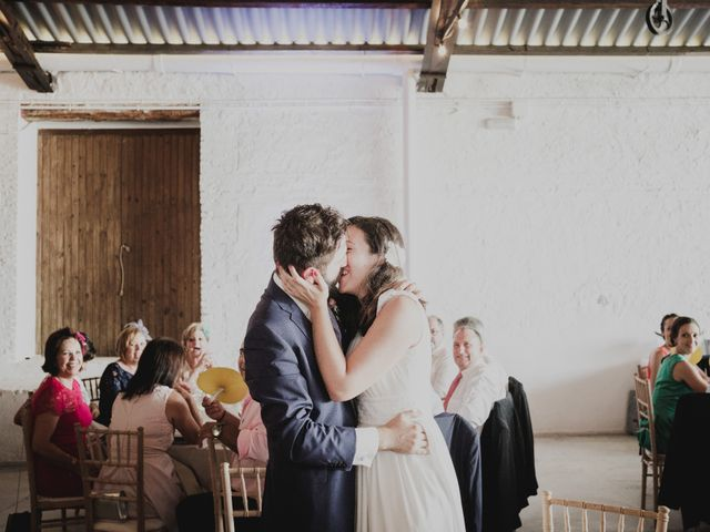 La boda de Ismael y Iris en Valencia, Valencia 32