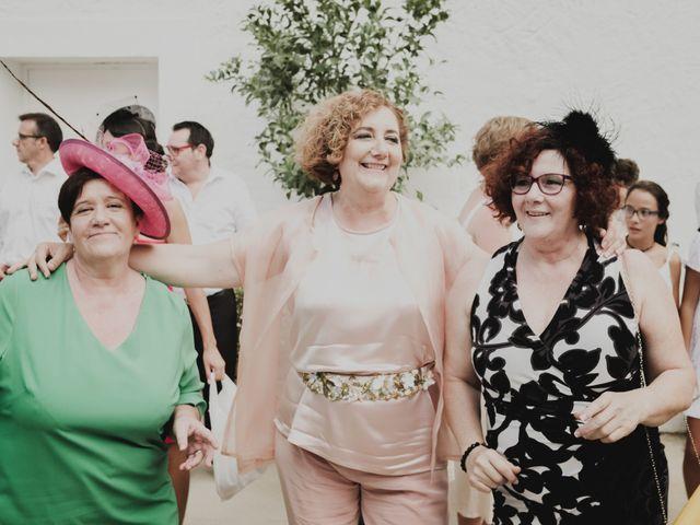 La boda de Ismael y Iris en Valencia, Valencia 46