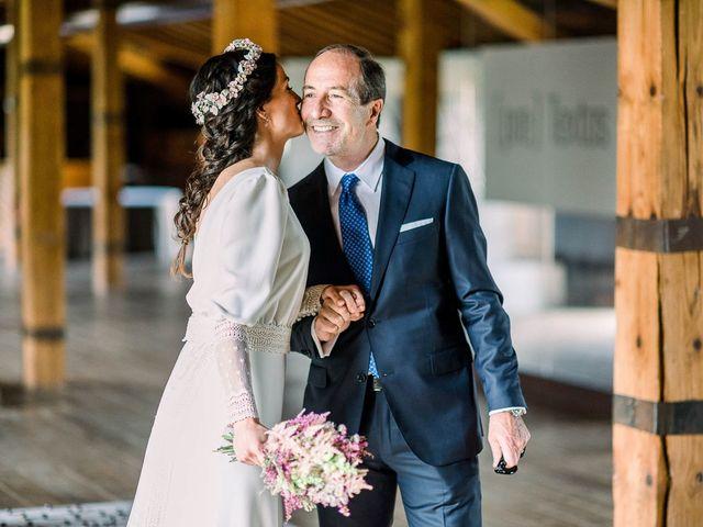 La boda de Gerardo y Leyre en Pamplona, Navarra 32