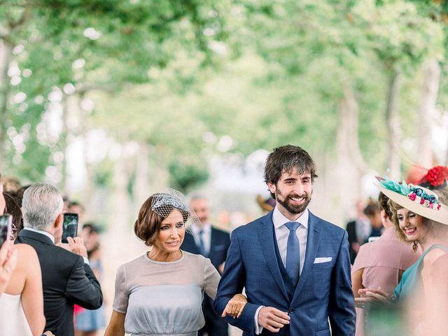 La boda de Gerardo y Leyre en Pamplona, Navarra 42