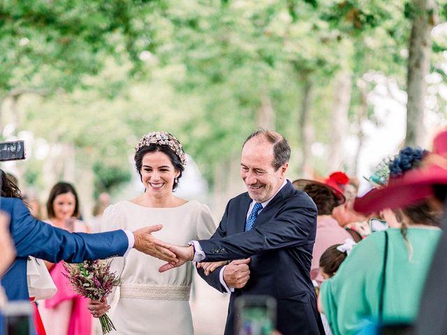 La boda de Gerardo y Leyre en Pamplona, Navarra 46