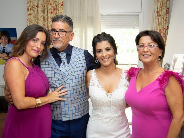 La boda de Eloy y Cynthia en Vilanova I La Geltru, Barcelona 23