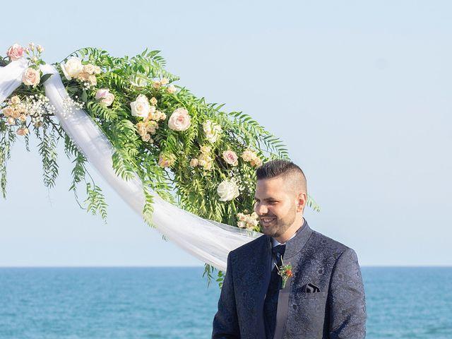La boda de Eloy y Cynthia en Vilanova I La Geltru, Barcelona 41