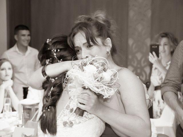 La boda de Eloy y Cynthia en Vilanova I La Geltru, Barcelona 84