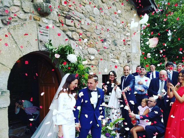 La boda de Roberto y Noemí en Barros, Cantabria 1